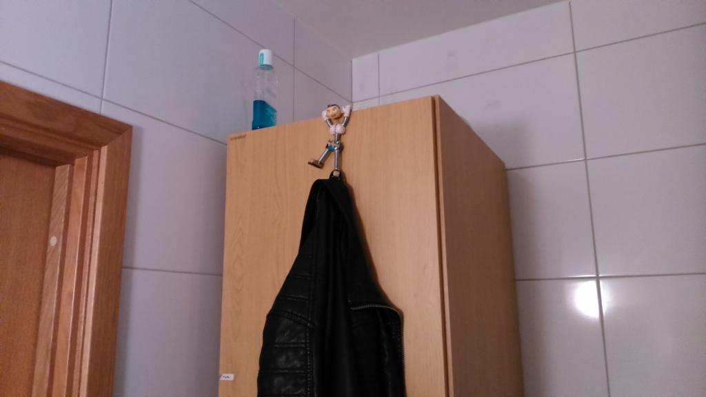 Barrii coat hanger